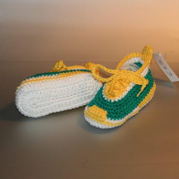 Baby Schoen gympie gehaakt groen geel onder