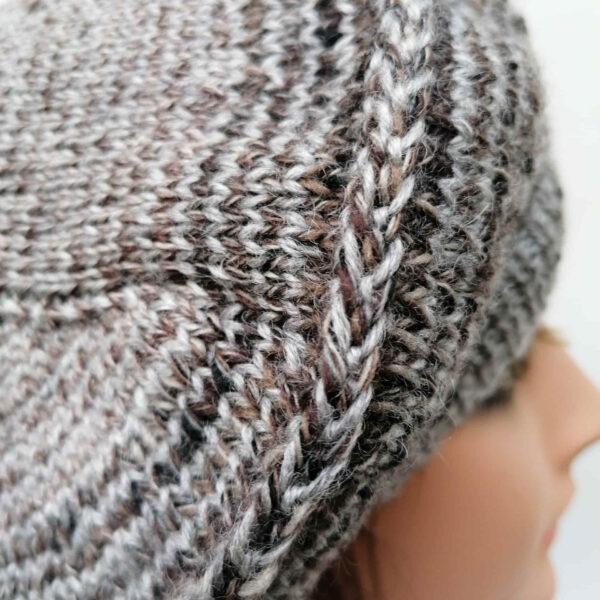 baret damesmuts gebreid wol grijs bruin detail