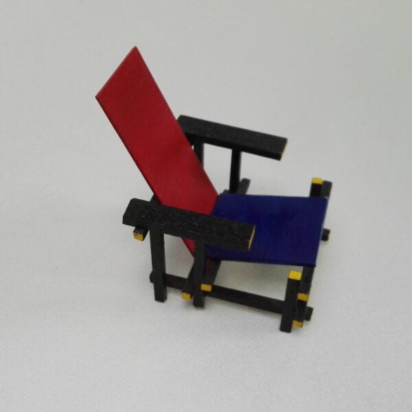 Poppenhuis Rietveldstoel