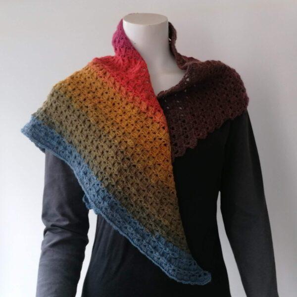 Sjaal omslagdoek gehaakt verloopkleur