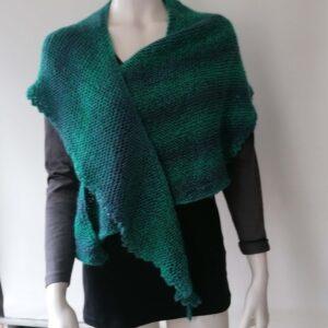 Sjaal omslagdoek driehoek gebreid groen