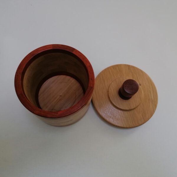 Pot deksel hout gedraaid eiken padoek boven