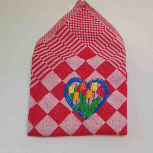 Theedoek geblokt borduurmotief hart tulpen
